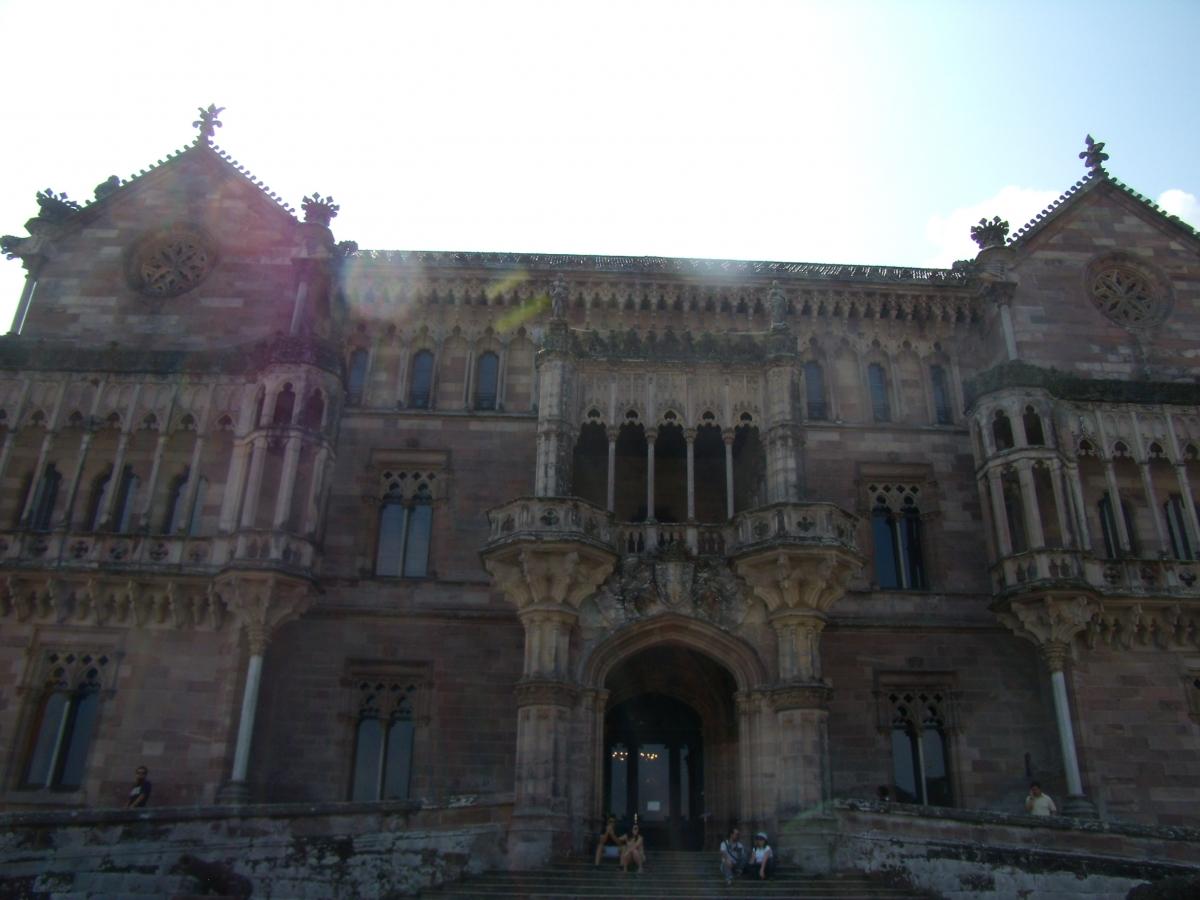 Fachada Palacio de Sobrellano
